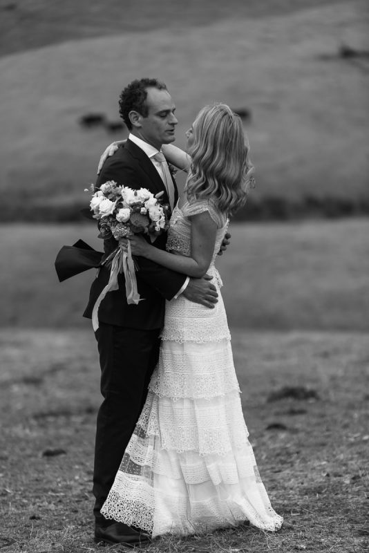 Amy + Dugald : : Adelong Wedding : : Rutherglen Wedding Photographer